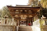 滋賀県大野神社の楼門